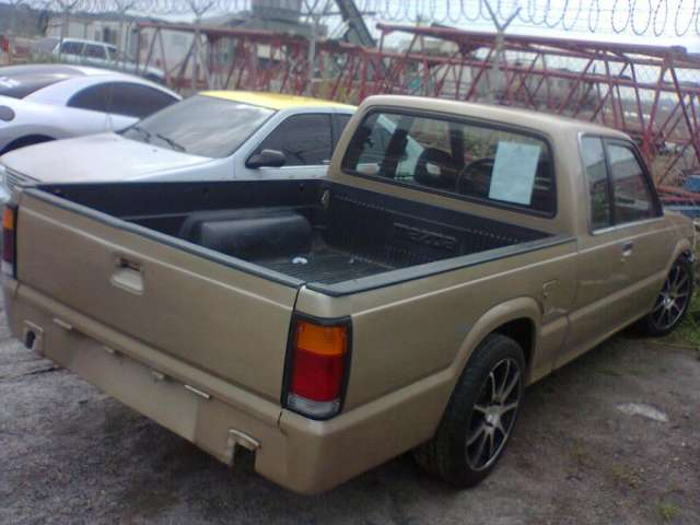 Pick up mazda b2000 cambio economico en arraijn autos 29011 pick up mazda b2000 cambio economico altavistaventures Image collections