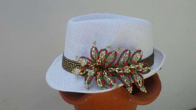 Sombrero con tembleque imagui - Decoracion de sombreros ...