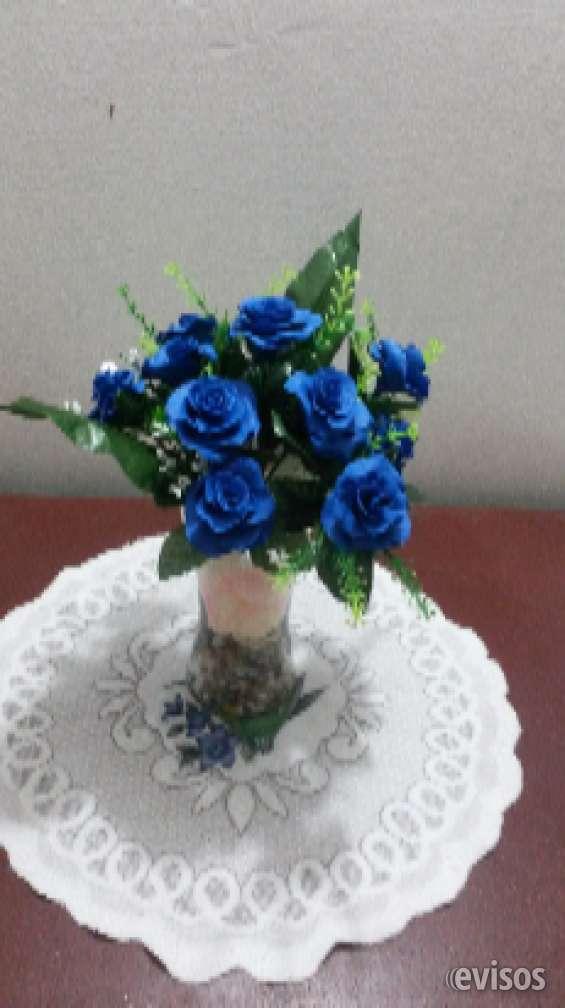 Hermoso arreglo de flores de jabon procesado