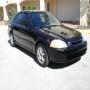 En oferta Honda Civic negro 4 puertas del  2001