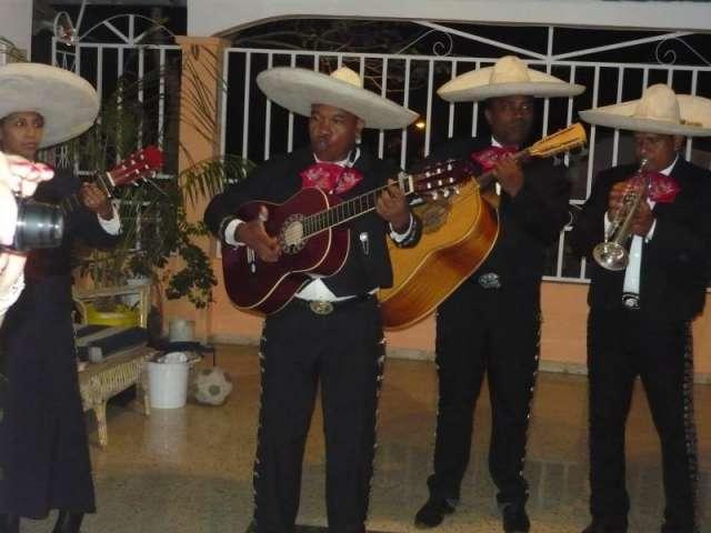 Mariachis panameños-mariachi el sol panamá