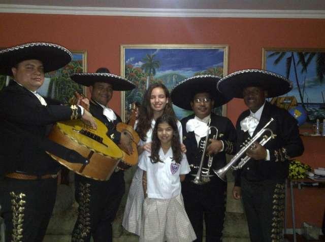 Mariachi manantiales de mexico panama