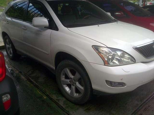 Vendo 2006 lexus rx330 auto gasolo extras