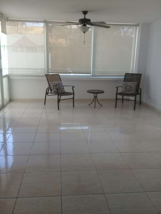 Fotos de Se alquila apartamento con linea blanca u$800 2