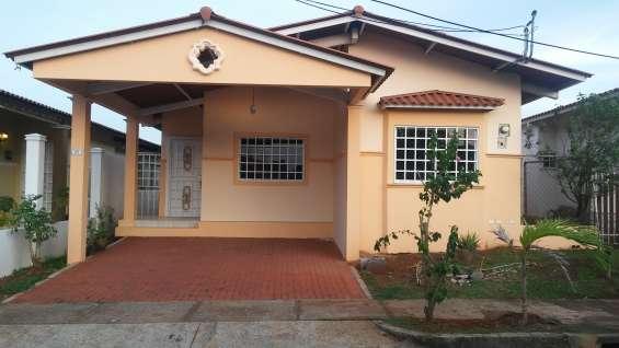 Alquiler casa en vista mar - la chorrera
